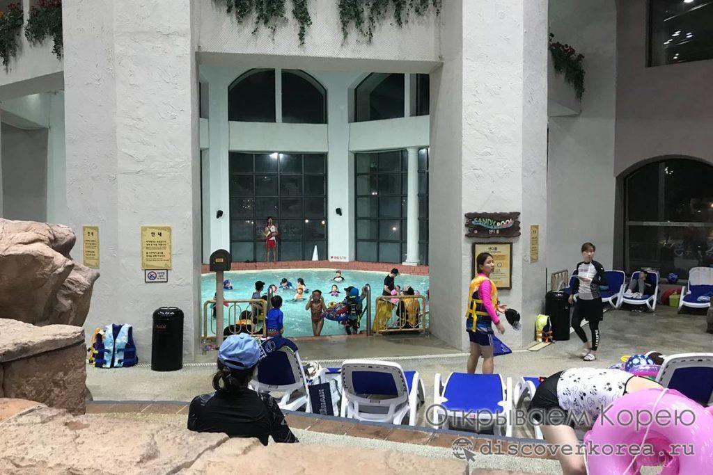 Карибиан Бей - внутренний зал