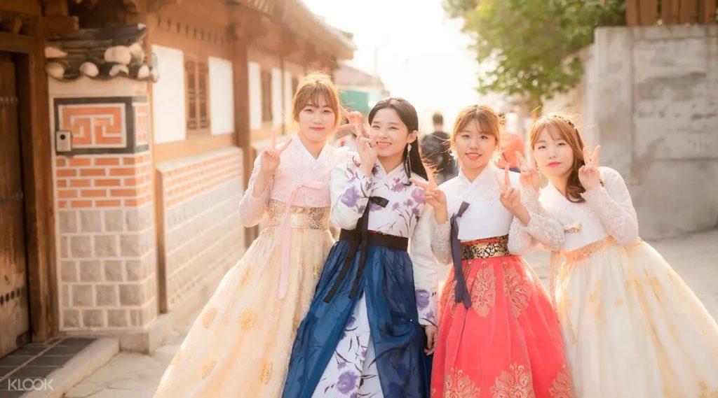 Примерка Ханбок